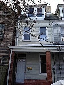 354 1/2 Lamont Place Photo 1