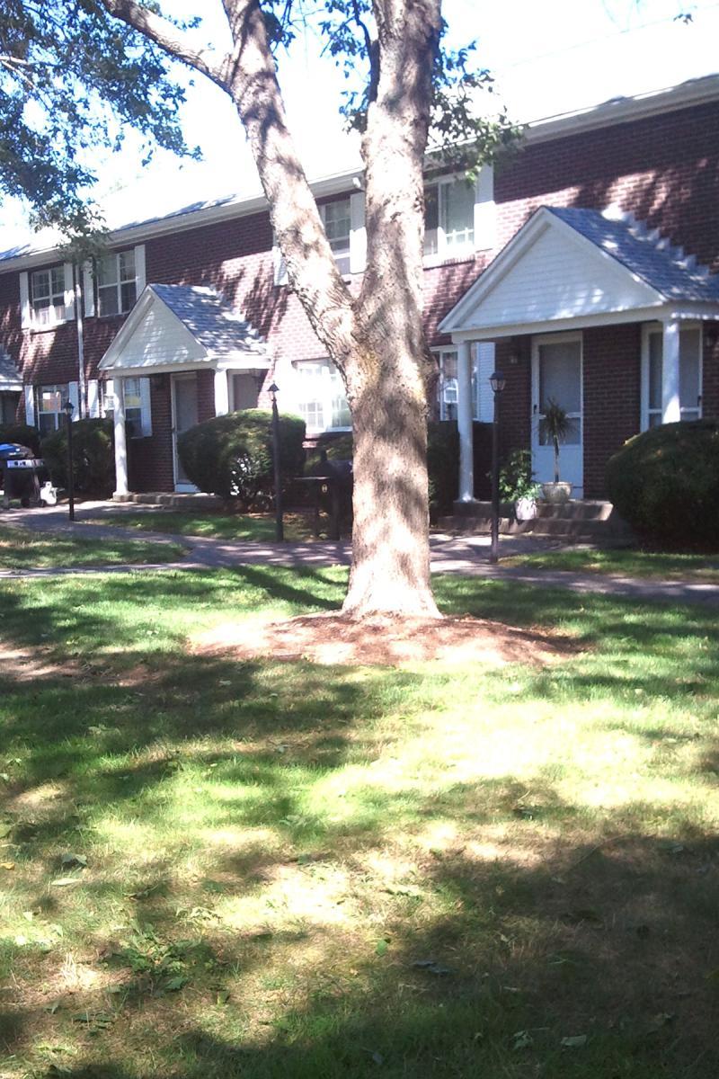 17 Memorial Drive Apt 17, East Bridgewater, MA 02333 | HotPads