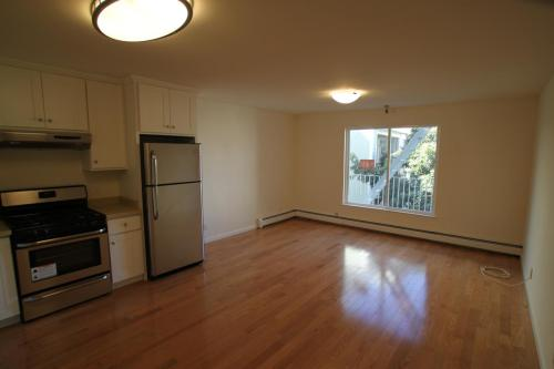 1525 Larkin Street #2 Photo 1