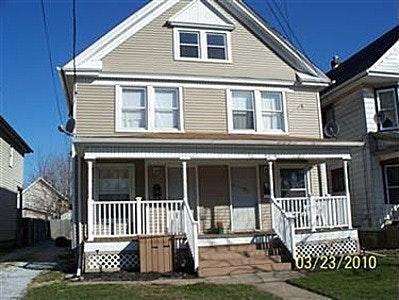 749 E Erie Avenue Photo 1