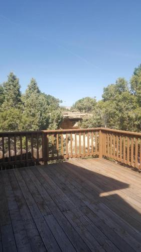 380 1/2 Ridge View Drive Photo 1