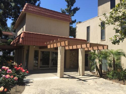6811 Alvarado Road Photo 1