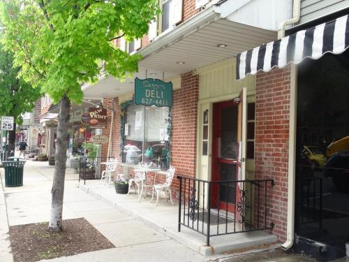 53 E Main Street #B Photo 1