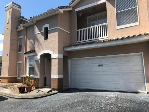 10536 Villa View Circle Photo 1