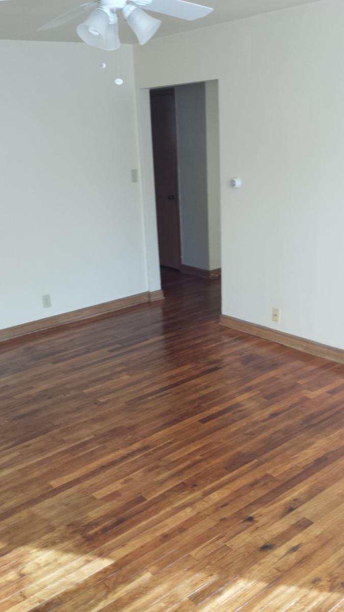 apartment unit 10 at 2903 n murray avenue milwaukee wi 53211
