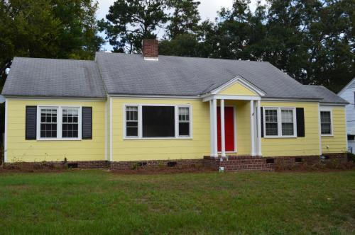 1715 Carolina Avenue Photo 1