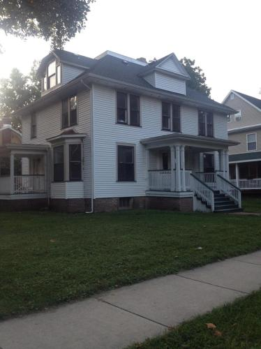 407 S New Street #1 Photo 1
