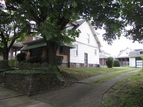 Boden Avenue Photo 1