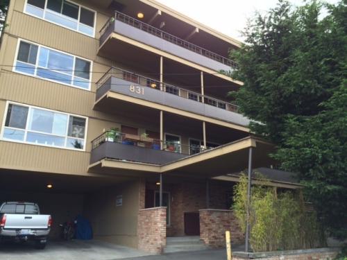 831 W Nickerson Street Photo 1