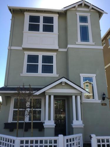 3201 Briones Terrace Photo 1