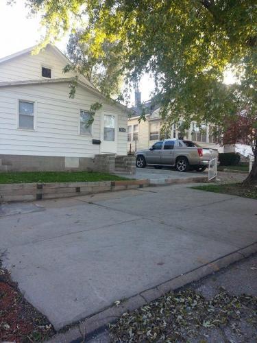 513 Poppleton Avenue Photo 1