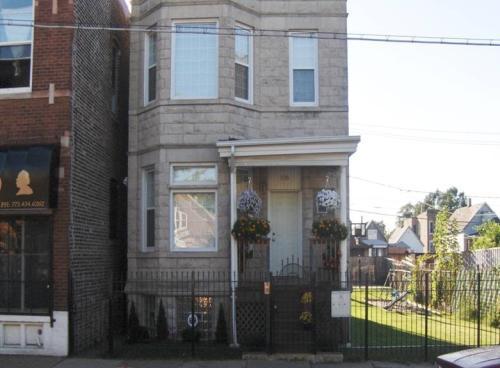 5426 S Ashland Ave Photo 1