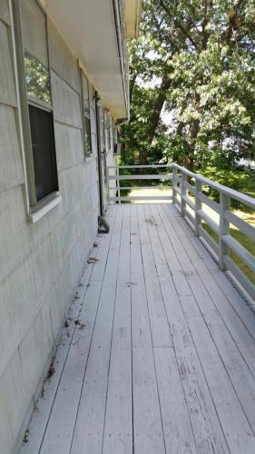 11 Verplast Avenue Photo 1