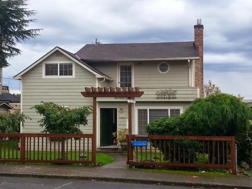 127 8th Ave Photo 1