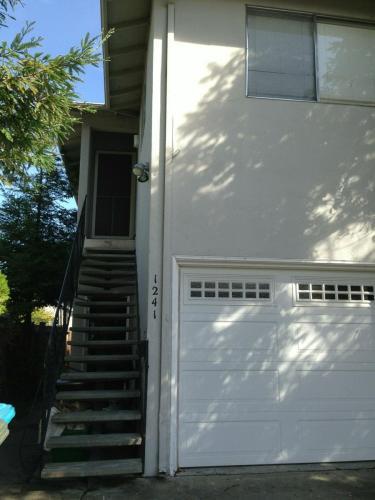 1241 Johnson Street Photo 1
