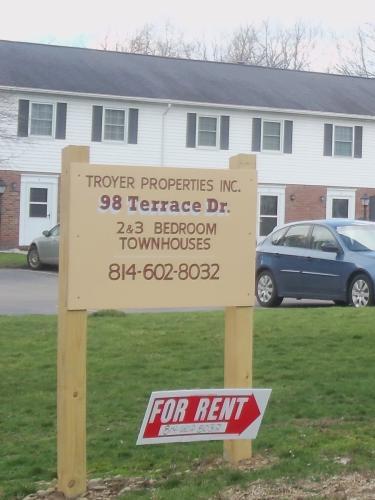 98 Terrace Drive Photo 1