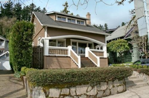 6133 SW Corbett Avenue Photo 1