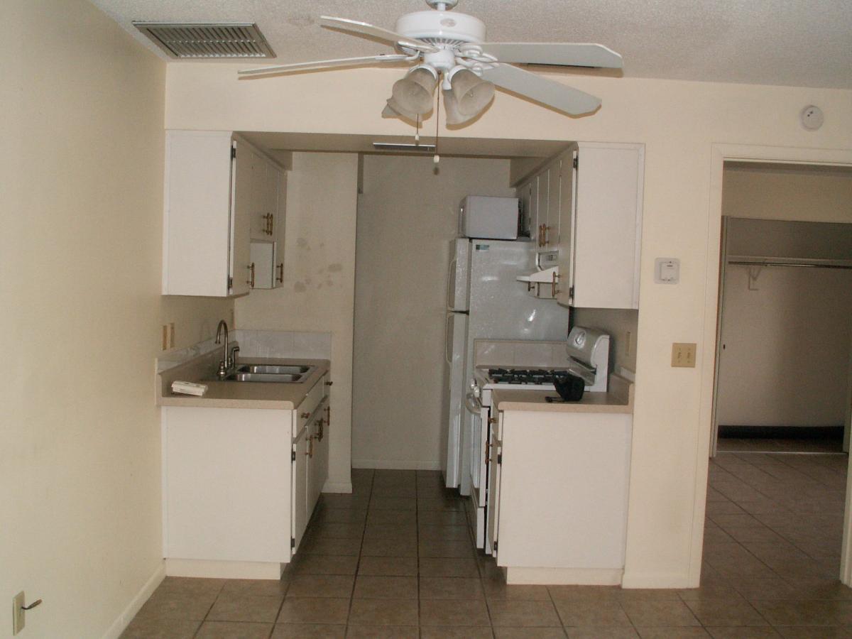 apartment unit 22 at 1103 cypress gardens boulevard winter haven