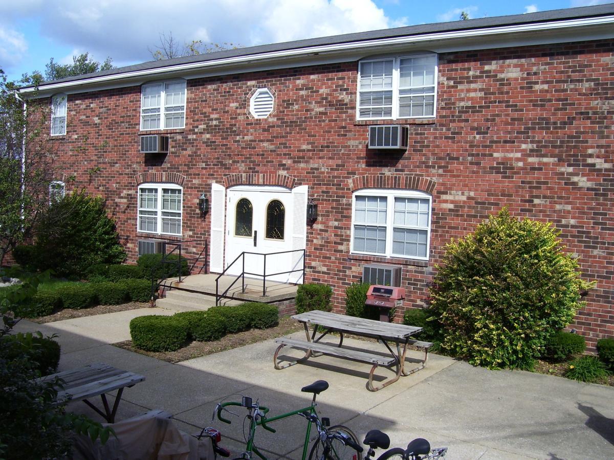 Primary Photo 1130 W Kirkwood Avenue 6