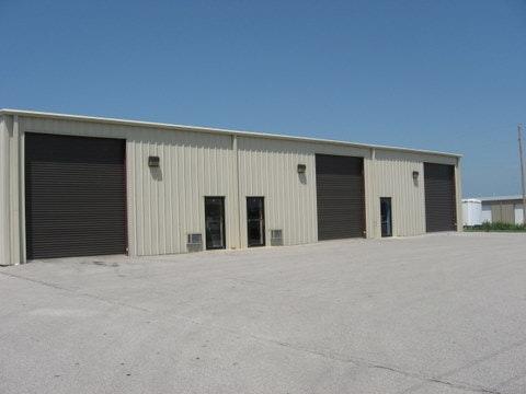 135 Warehouse Road Photo 1