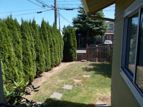 8230 NE Prescott St Photo 1