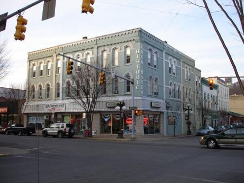 143 E Main Street #3C Photo 1