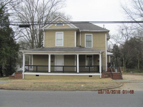401 Charlotte Avenue Photo 1