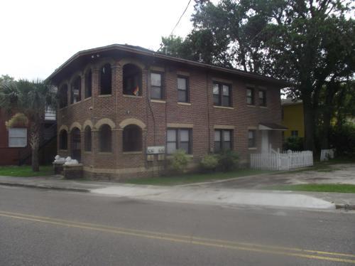 831 King Street Photo 1