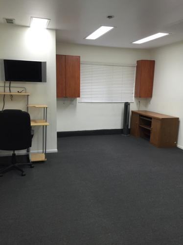 Spacious room for rent! Photo 1
