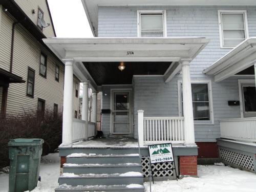 374 Alexander Street Photo 1