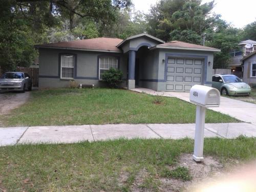4604 E Seward Street Photo 1