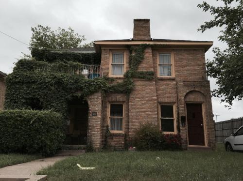 1802 Summitt Avenue Photo 1