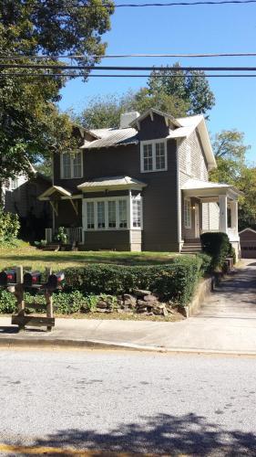 1755 Marietta Road NW #B Photo 1