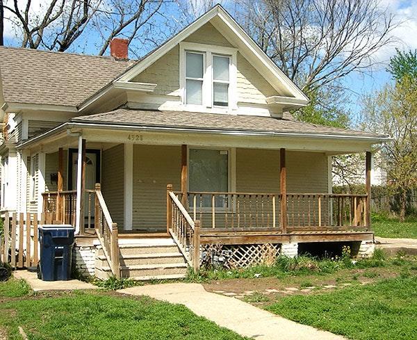 Astonishing 4528 Forest Avenue Apt Section 8 Kansas City Mo 64110 Beutiful Home Inspiration Ommitmahrainfo