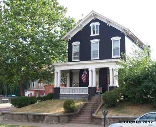 1301 Main Street #4 Photo 1