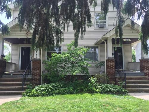 16705 Bradgate Avenue Photo 1