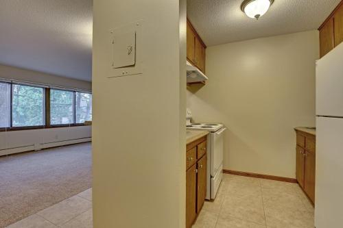 915 23rd Avenue NE #2ND FLOOR Photo 1