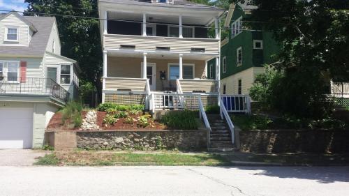 611 Beacon Street #2ND FLOOR Photo 1