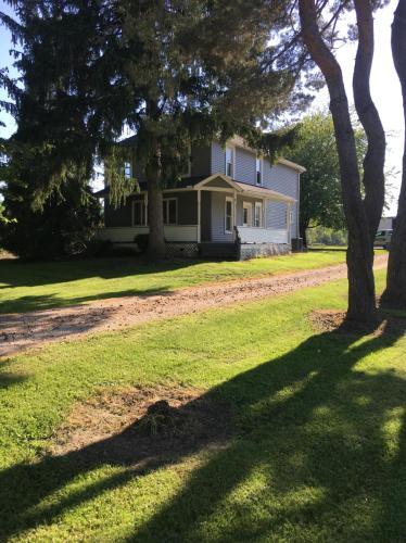 7350 Ridge Road Photo 1