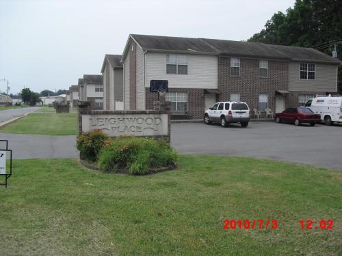 68 Oak Grove Circle #11 Photo 1