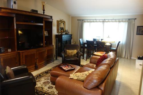 3731 E Glenrosa Avenue Photo 1