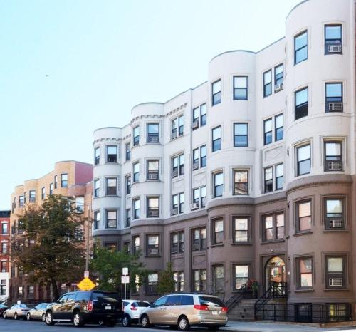 78 Westland Avenue #106 Photo 1