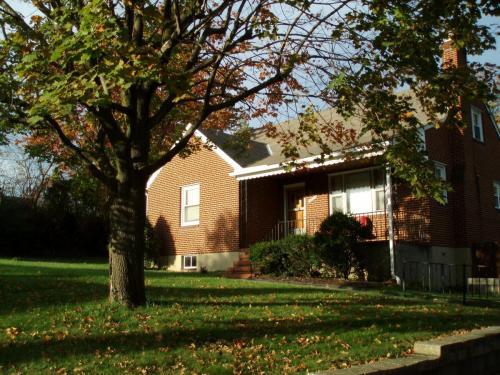 4202 Raab Avenue Photo 1