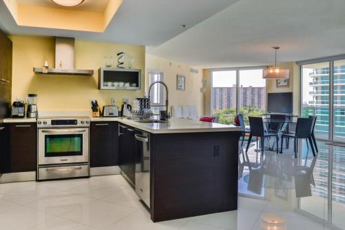 150 Sunny Isles Boulevard Photo 1