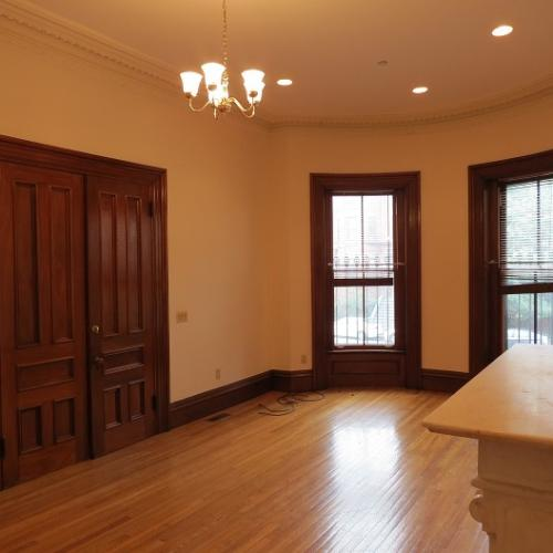 South End - Beautifully Restored Parlor 1-Bed E... Photo 1