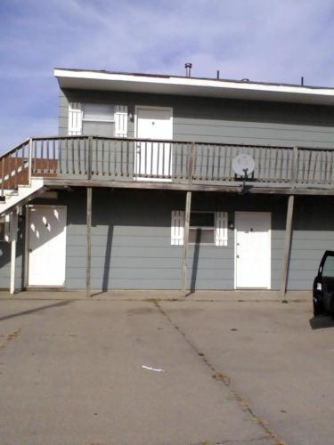 210 W Home Street #E Photo 1