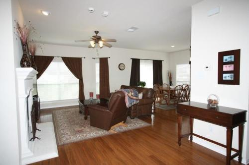 3156 Hollow Valley Drive Photo 1