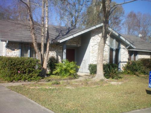15623 Hogenville Avenue Photo 1