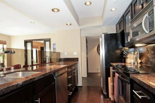 165 Forest Ave #2C Photo 1