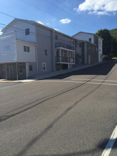 1 W Garibaldi Ave #2 Photo 1